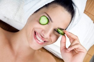 woman-with-cucumbers-on-face-300x199