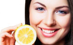 otbelivanie-zubov-limonom-doma