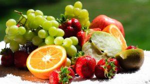 fruktovyie-retseptyi-salatov