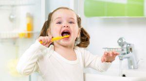 3-soveta-mamam-kak-priuchit-rebenka-chistit-zuby