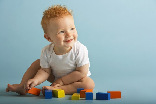 brincadeiras-criancas-bebe-600x400