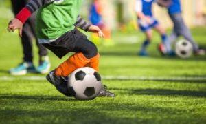 Preimushhestva-futbola-dlya-detei-