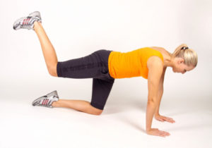 glute-kickbacks-exercise