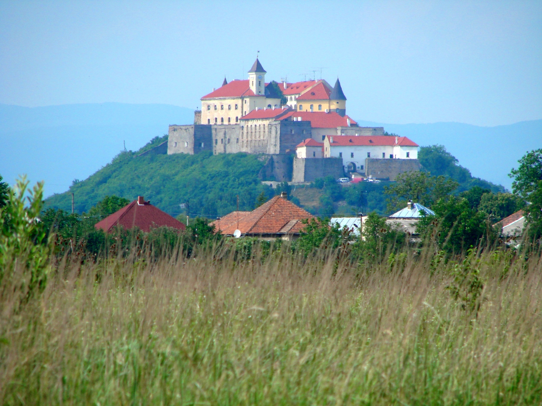 mukachevo-castle