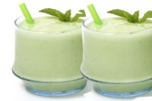 recepty-smuzi-s-kivi2