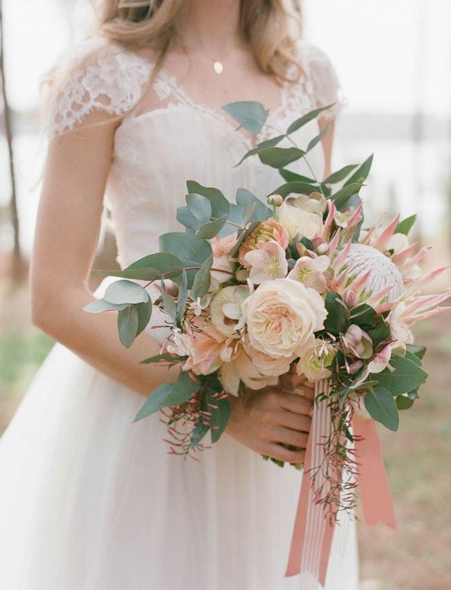 Необычные-свадебные-букеты-–-тренды-2018-6